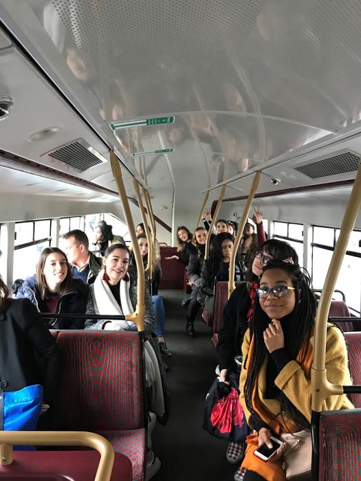 étudiants, bus, Londres